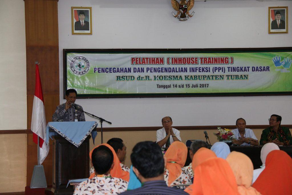 Plt. Direktur RSUD dr. R. Koesma dr. H. Saiful Hadi dalam pembukaan mengharapkan dengan adanya pelatihan PPI dapat meningkatkan mutu layanan yang ada di RSUD dr. R. Koesma Tuban